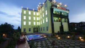 Deluxe Hotel near Inle Lake