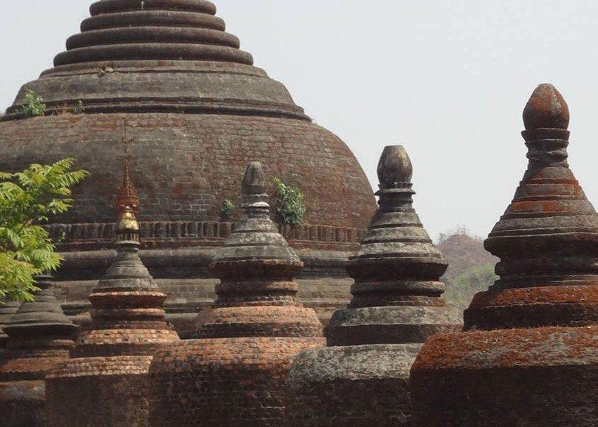 Andaw-thein Temple in Mrauk U