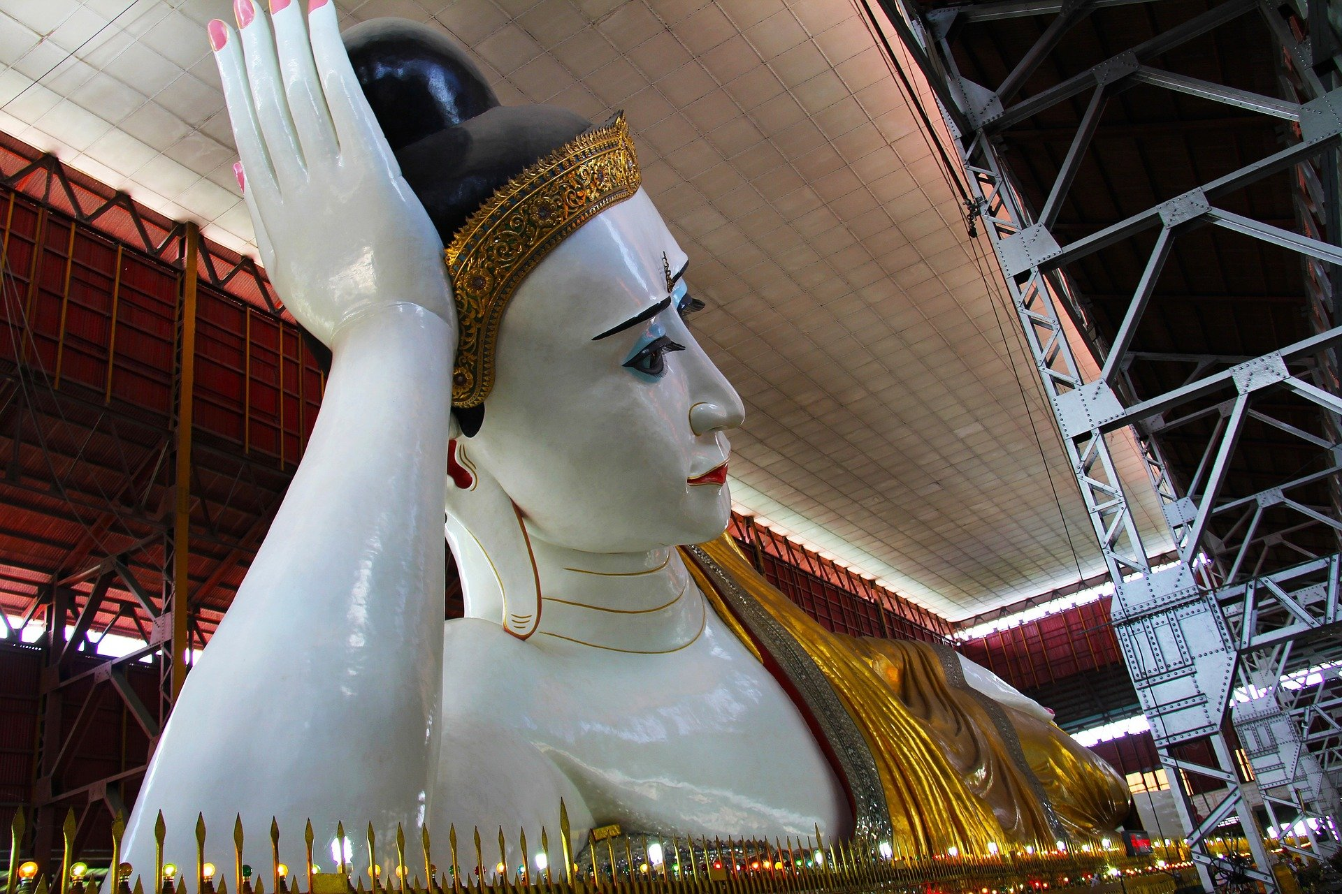 Head of the Chauk Htat Gyi Reclining Buddha