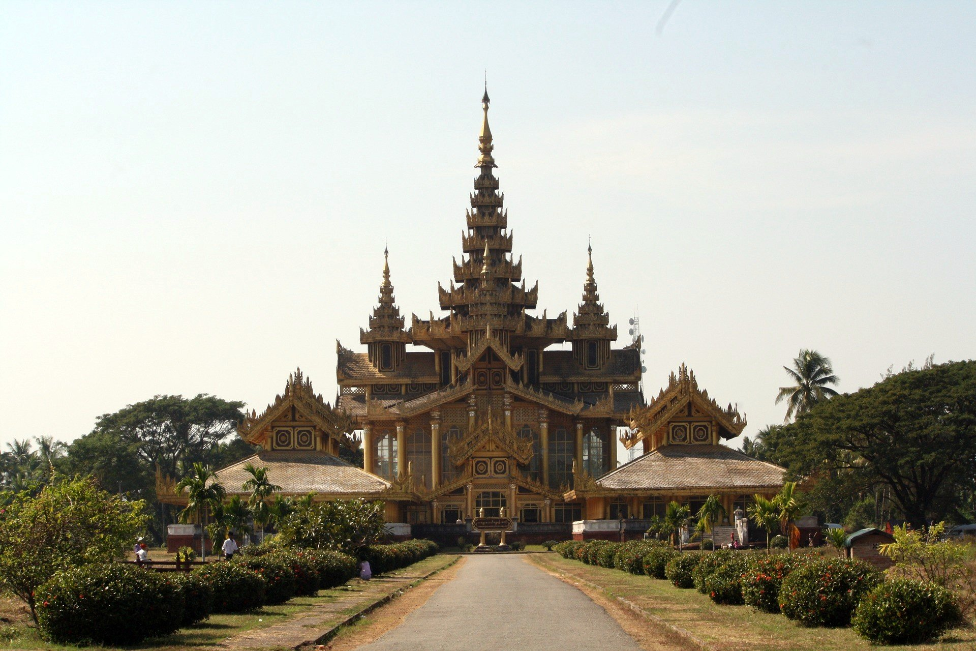 Kanbawzathadi Golden Palace in Bago