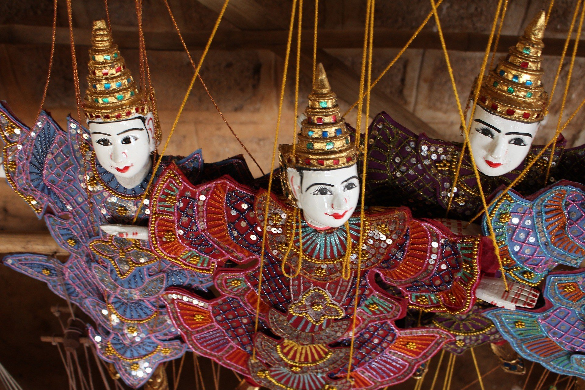 Htwe Oo Myanmar Puppet Theatre in Yangon